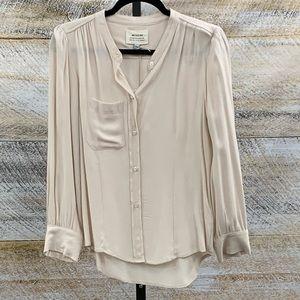 Blush colored blouse w tucks on cuffs collarless